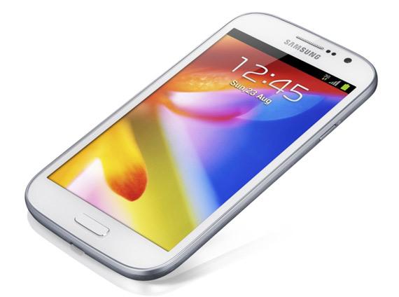 Samsung Galaxy Grand, Με οθόνη 5 ιντσών 800x480 pixels και διπύρηνο επεξεργαστή