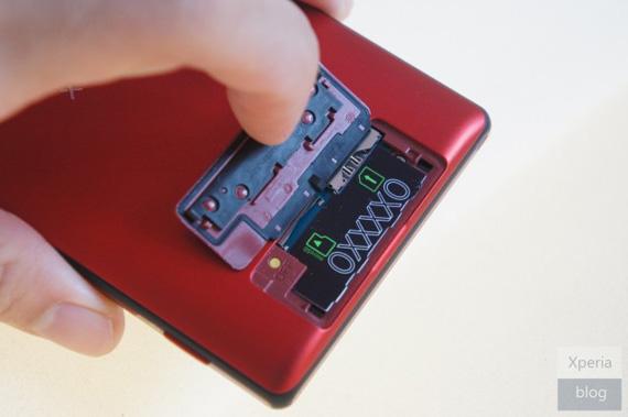 Sony Xperia ZL red