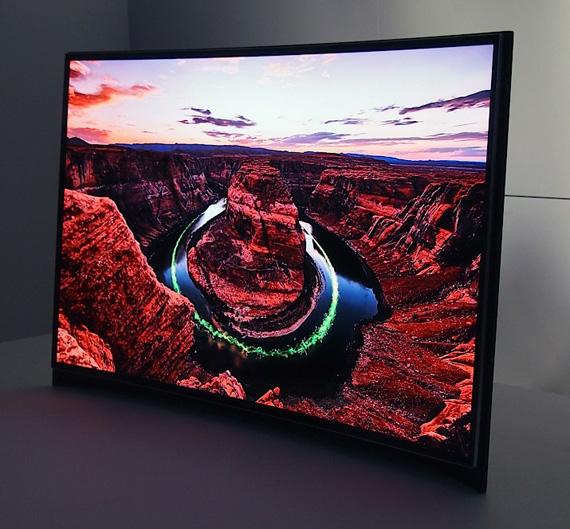 Samsung, Παρουσίαση της πρώτης καμπυλωτής OLED TV [CES 2013]