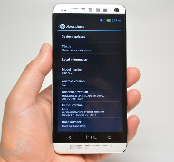 HTC One plastic clone