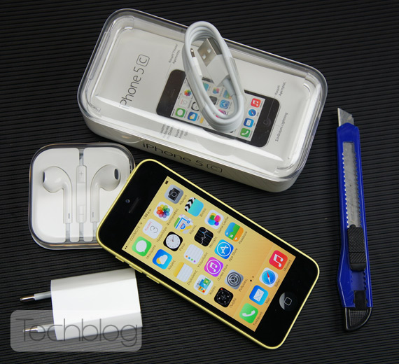 iPhone 5c unboxing Techblog