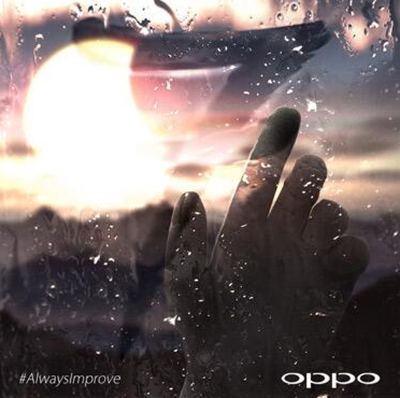 OPPO Find 7 wet hands