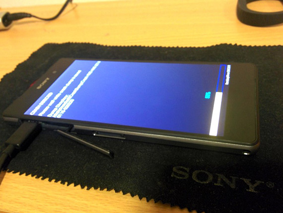sony xperia d6503 5