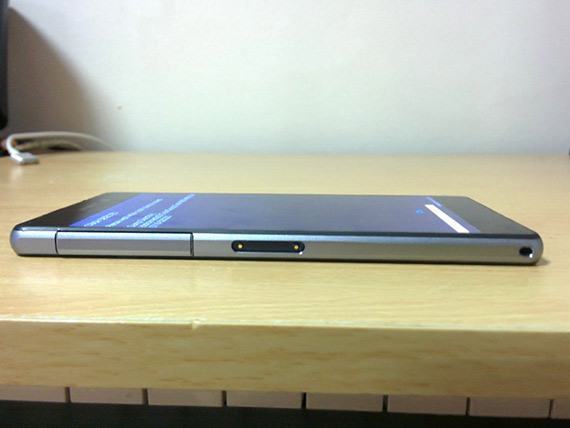 sony xperia d6503 8