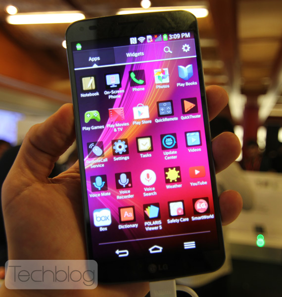 LG G Flex Techblog MWC 2014