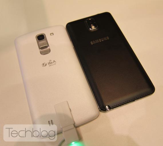 LG G Pro 2 vs Galaxy Note 3 at MWC 2014