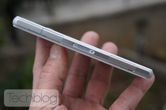 Sony Xperia Z1 Compact TechblogTV