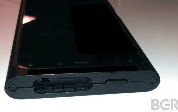 Amazon-3D-smartphone1-570