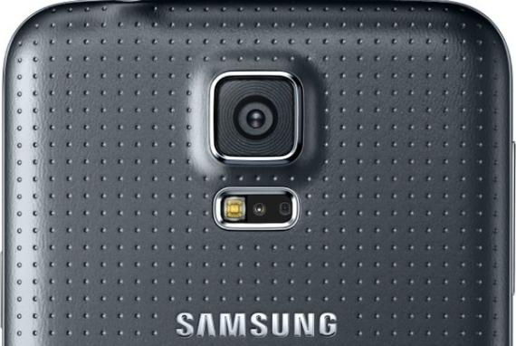 High-resolution-camera-570