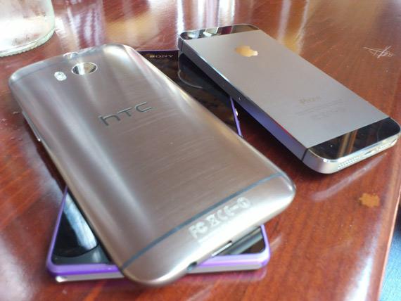 One M8 Xperia Z2 iPhone 5s Facebook