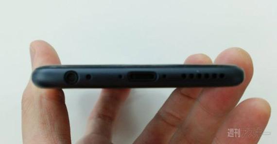 Black-iPhone-6-dummy5