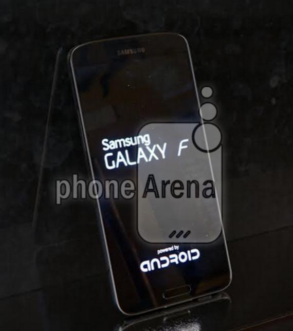 Samsung-Galaxy-F-02-570