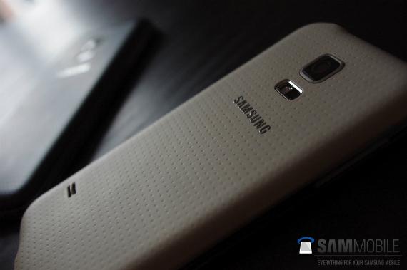 Samsung-Galaxy-S5-Mini-leaked-photos-12-570