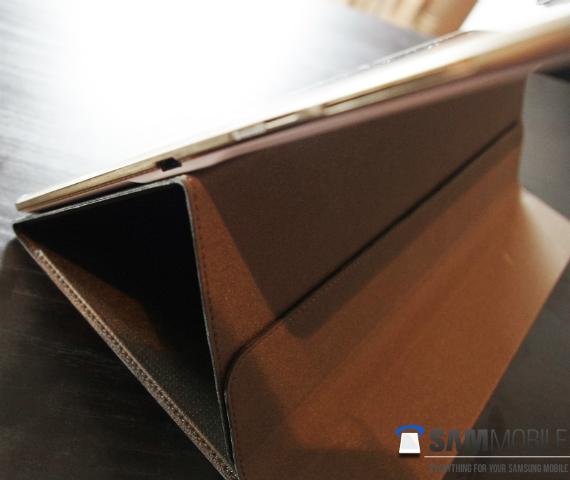 Samsung-Galaxy-Tab-S-10.5-covers-03-570