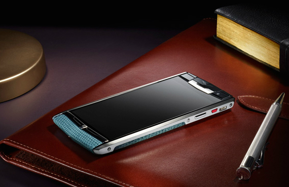vertu-signature-touch-09-570