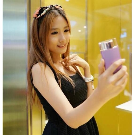 sony-selfie-phone-leak-06-570