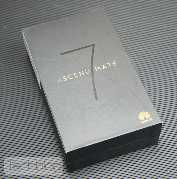 Huawei Ascend Mate 7 unboxing