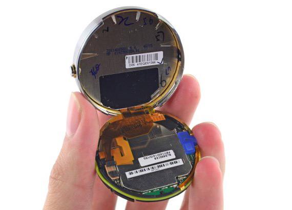 Motorola-Moto-360-teardown-5