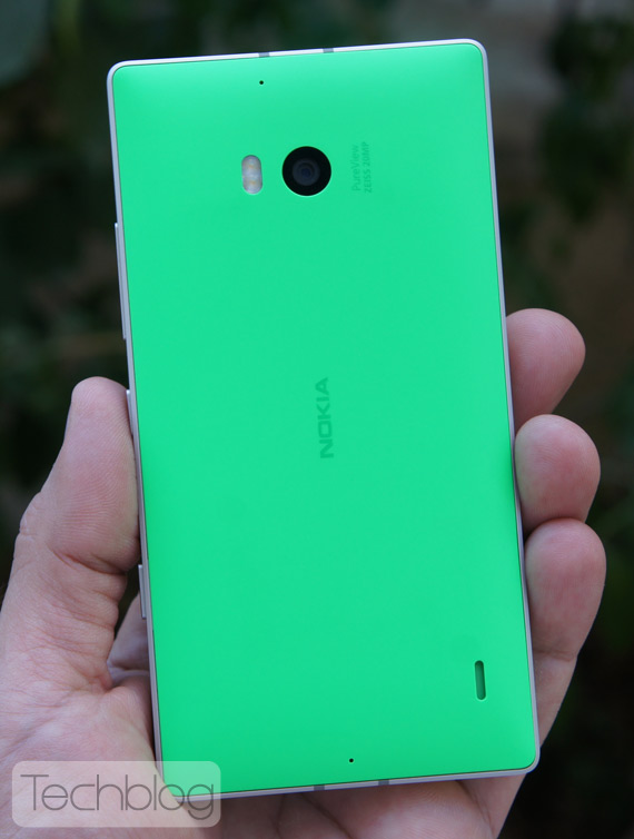 Nokia-Lumia-930-TechblogTV-4