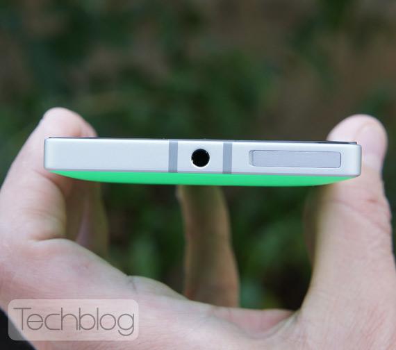 Nokia-Lumia-930-TechblogTV-6