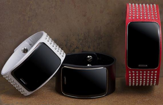 Samsung-Gear-S-Diesel-Black-Gold-Edition-03-570