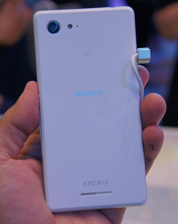 Sony Xperia E3 hands-on ifa 2014
