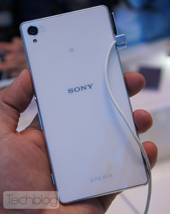 Sony-Xperia-Z3-hands-on-IFA-2014-3