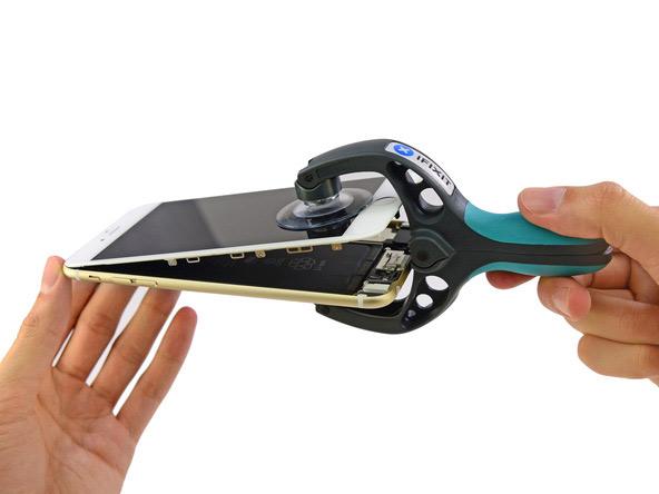 iPhone-6-Plus-teardown-11