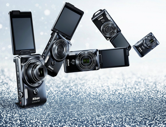 nikon-COOLPIX S6900 -selfie-camera-570