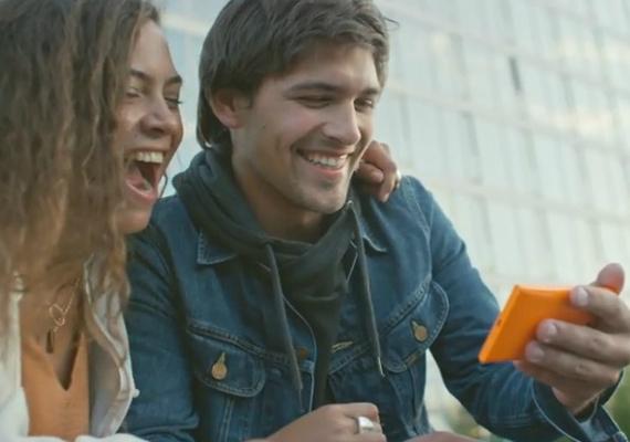 nokia-lumia-730-promo-01-570