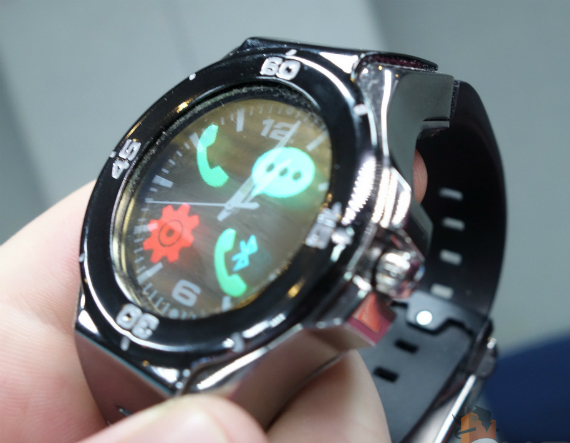 Halo-Smartwatch-04-570