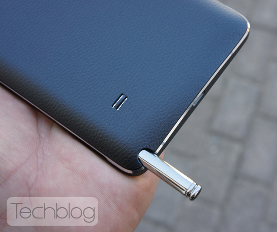 Samsung-Galaxy-Note-4-TechblogTV-10