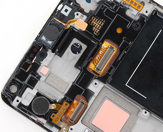 Samsung-Galaxy-Note-4-teardown-07-570