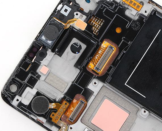 Samsung-Galaxy-Note-4-teardown-07-570