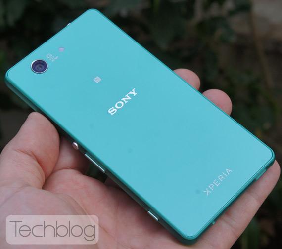 Sony-Xperia-Z3-Compact-TechblogTV-10