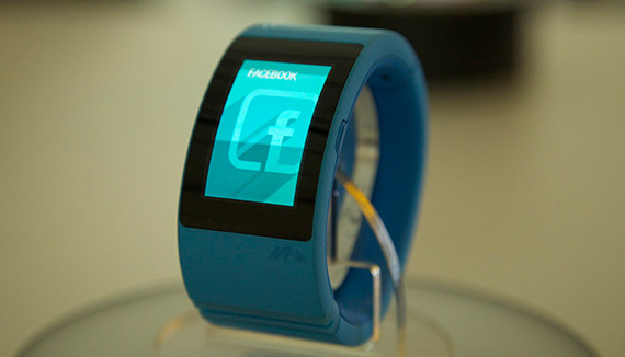 Will.i.am-Puls-smartwatch-2