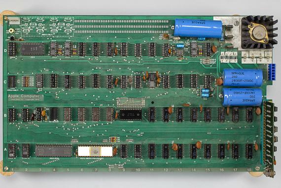 apple-1-auction-570