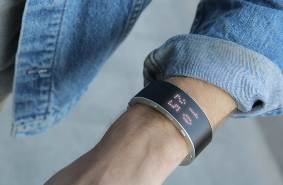 klatz-smartwatch-04-570