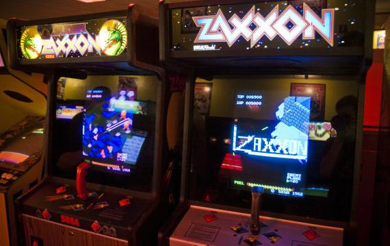 the-internet-arcade-01-570