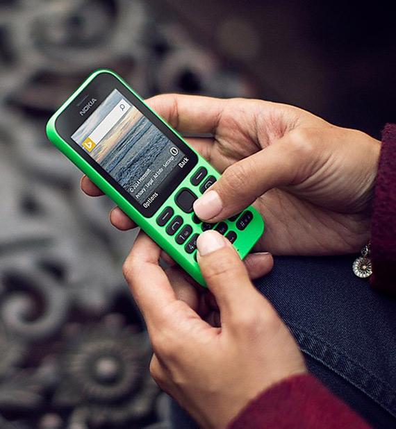 Nokia 215 revealed