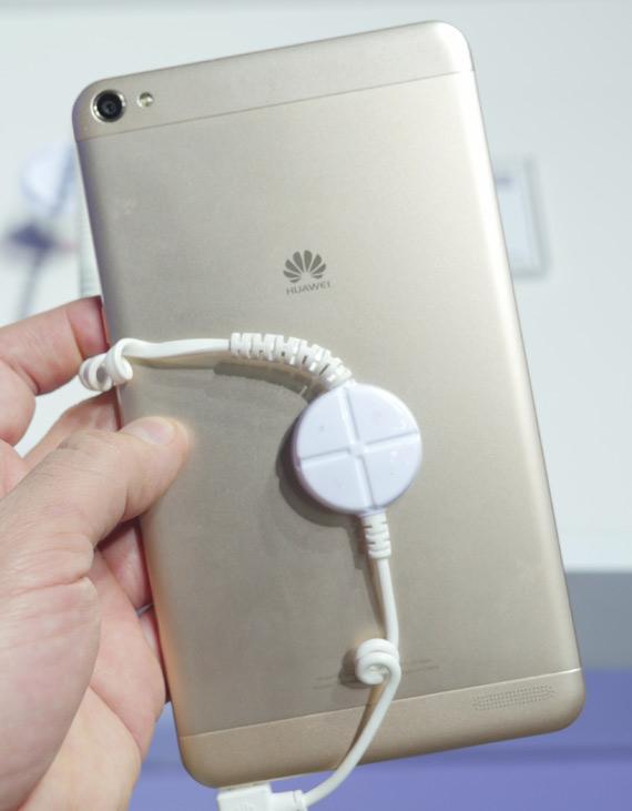 Huawei-MediaPad-X2-MWC-2015-3