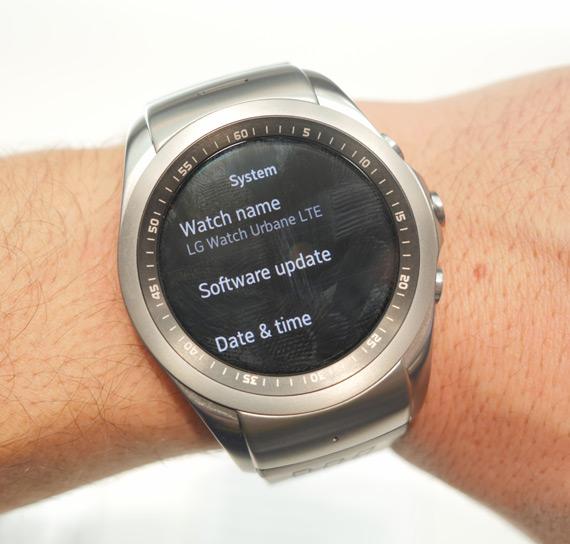 LG-Watch-Urbane-LTE-MWC-2015-3