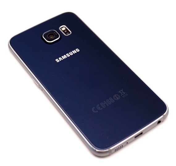 Samsung-Galaxy-S6-lifestyle-3