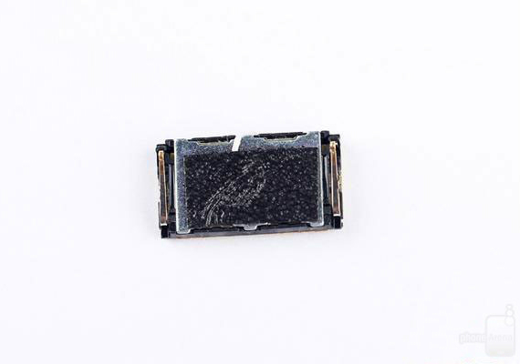 xperia-z3-plus-teardown-06-570