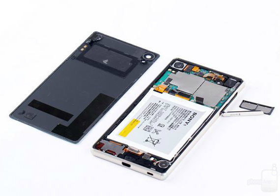 xperia-z3-plus-teardown-14-570