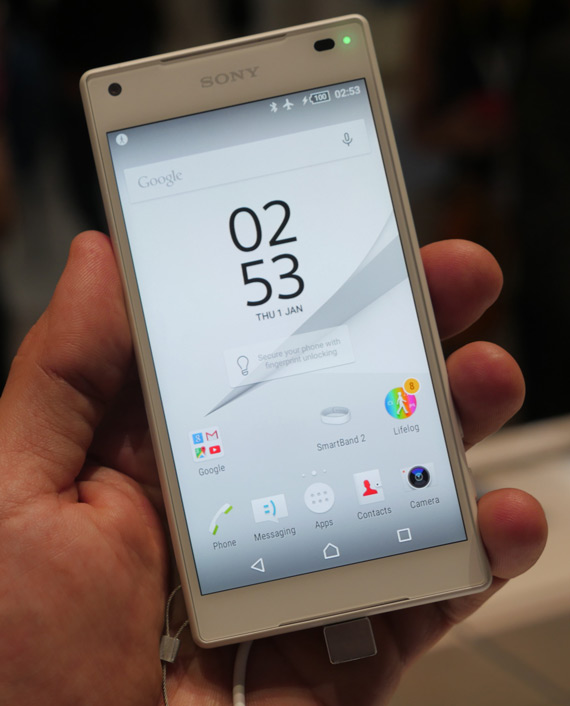 Sony-Xperia Z5 Compact hands on 1