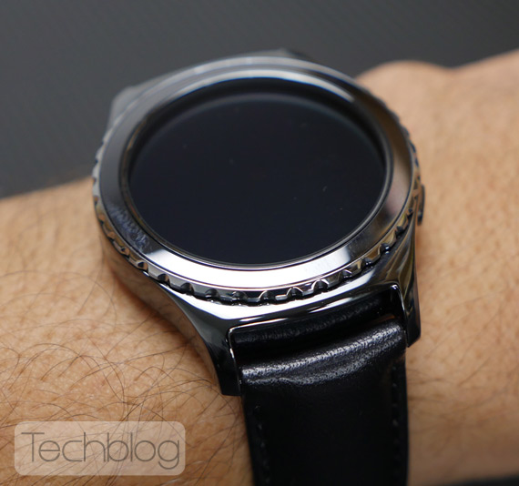Samsung-Gear-S2-TechblogTV-5