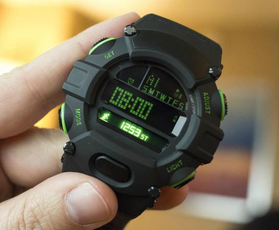 Razer-nabu-watch-02-570