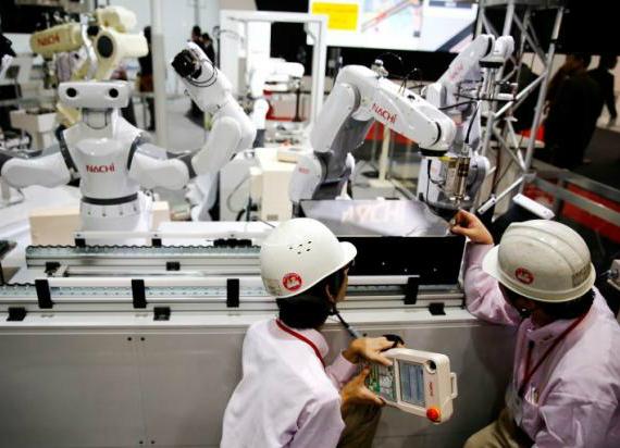robots-570