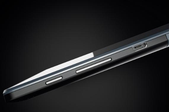 Lenovo-TAB3-10-Business-03-570